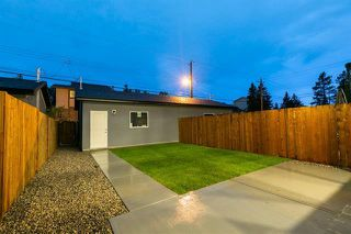 Photo 32: 4365 72 Street NW in Calgary: Bowness Semi Detached for sale : MLS®# C4302489