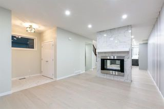 Photo 4: 4365 72 Street NW in Calgary: Bowness Semi Detached for sale : MLS®# C4302489
