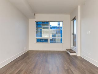 Photo 12: 308 46 9 Street NE in Calgary: Bridgeland/Riverside Apartment for sale : MLS®# C4302884