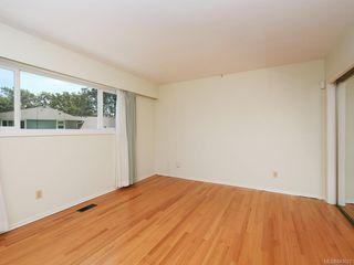 Photo 10: 3005 Devon Rd in Oak Bay: OB Uplands House for sale : MLS®# 843621