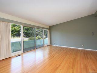 Photo 2: 3005 Devon Rd in Oak Bay: OB Uplands House for sale : MLS®# 843621