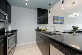 Photo 10: 425 2871 Jacklin Rd in Langford: La Langford Proper Condo Apartment for sale : MLS®# 839696