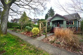 Photo 1: 3870 W KING EDWARD Avenue in Vancouver: Dunbar House for sale (Vancouver West)  : MLS®# R2481334