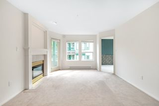 "Photo 10: 310 1576 MERKLIN Street: White Rock Condo for sale in ""The Embassy"" (South Surrey White Rock)  : MLS®# R2487146"