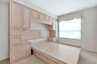 "Photo 20: 310 1576 MERKLIN Street: White Rock Condo for sale in ""The Embassy"" (South Surrey White Rock)  : MLS®# R2487146"