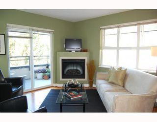 """Photo 2: 402 736 W 14TH Avenue in Vancouver: Fairview VW Condo for sale in """"BRAEBERN"""" (Vancouver West)  : MLS®# V790035"""
