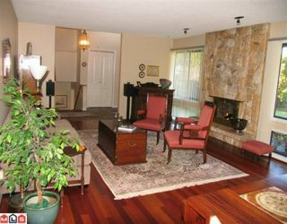 "Photo 3: 7018 PARKVIEW Place in Delta: Sunshine Hills Woods House for sale in ""SUNSHINE HILLS"" (N. Delta)  : MLS®# F1002168"