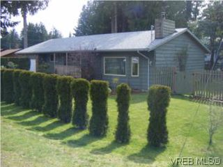 Photo 1: 2304 Ravenhill Rd in SHAWNIGAN LAKE: ML Shawnigan House for sale (Malahat & Area)  : MLS®# 531373