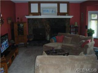 Photo 5: 2304 Ravenhill Rd in SHAWNIGAN LAKE: ML Shawnigan House for sale (Malahat & Area)  : MLS®# 531373