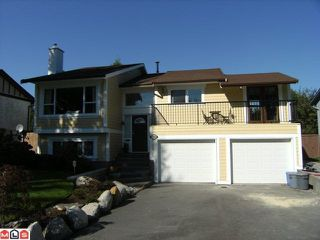 Photo 1: 17233 61B Avenue in Surrey: Cloverdale BC House for sale (Cloverdale)  : MLS®# F1025014
