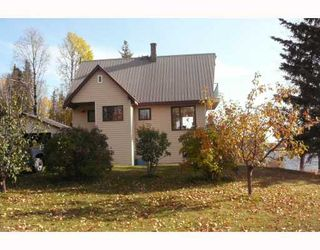 "Photo 1: 56805 BEAUMONT Road in Prince_George: Cluculz Lake House for sale in ""CLUCULZ"" (PG Rural West (Zone 77))  : MLS®# N189147"