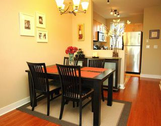 "Photo 2: 34 638 W 6TH Avenue in Vancouver: Fairview VW Townhouse for sale in ""STELLA DEL FIORDO"" (Vancouver West)  : MLS®# V775218"