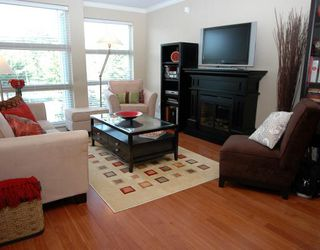 """Photo 1: 34 638 W 6TH Avenue in Vancouver: Fairview VW Townhouse for sale in """"STELLA DEL FIORDO"""" (Vancouver West)  : MLS®# V775218"""