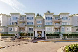 "Photo 1: 422 2960 PRINCESS Crescent in Coquitlam: Canyon Springs Condo for sale in ""THE JEFFERSON"" : MLS®# R2421605"