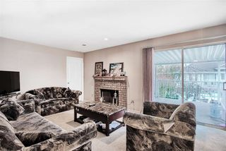 Photo 6: 7121 122A Street in Surrey: West Newton House for sale : MLS®# R2423318