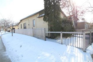 Photo 22: 834 H Avenue North in Saskatoon: Caswell Hill Residential for sale : MLS®# SK800164