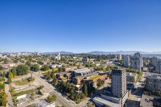 Photo 15: 3805 888 CARNARVON Street in New Westminster: Downtown NW Condo for sale : MLS®# R2497596