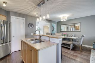 Photo 9: 262 PRESTWICK Circle SE in Calgary: McKenzie Towne Detached for sale : MLS®# A1035041