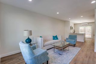 Photo 3: SAN DIEGO Condo for sale : 2 bedrooms : 6449 Bell Bluff Ave