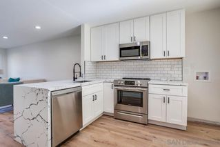 Photo 8: SAN DIEGO Condo for sale : 2 bedrooms : 6449 Bell Bluff Ave