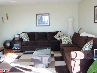 Photo 2: 303 1390 MERKLIN Street: White Rock Condo for sale (South Surrey White Rock)  : MLS®# F1008074
