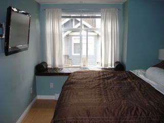 """Photo 9: 54 7488 SOUTHWYNDE Avenue in Burnaby: South Slope Townhouse for sale in """"LEDGESTONE I"""" (Burnaby South)  : MLS®# V821973"""