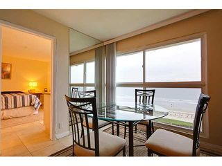 Photo 8: PACIFIC BEACH Condo for sale : 2 bedrooms : 4667 Ocean #408