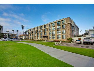 Photo 16: PACIFIC BEACH Condo for sale : 2 bedrooms : 4667 Ocean #408