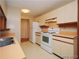 Photo 8: 104 1234 Fort Street in VICTORIA: Vi Downtown Condo Apartment for sale (Victoria)  : MLS®# 283897
