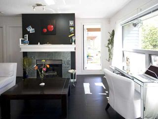 Photo 3: 3165 W 4TH Avenue in Vancouver: Kitsilano Townhouse for sale (Vancouver West)  : MLS®# V862163