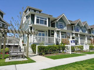 "Photo 1: 5 4311 BAYVIEW ST in Richmond: Steveston South Townhouse for sale in ""IMPERIAL LANDING"" : MLS®# V586813"