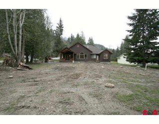 Photo 10: 45713 ELIZABETH Drive in Cultus_Lake: Cultus Lake House for sale : MLS®# H2901060