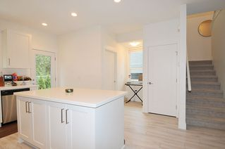 """Photo 7: 65 8570 204 Street in Langley: Willoughby Heights Townhouse for sale in """"WOODLAND PARK"""" : MLS®# R2430294"""