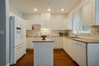 "Photo 7: 64 20770 97B Avenue in Langley: Walnut Grove Townhouse for sale in ""Munday Creek"" : MLS®# R2447478"