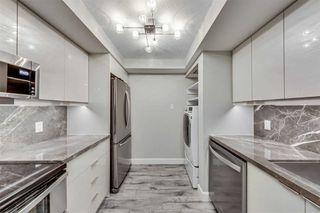 Photo 4: 1902 1001 Bay Street in Toronto: Bay Street Corridor Condo for sale (Toronto C01)  : MLS®# C4744220