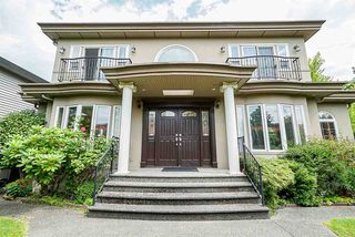 Photo 1: 5888 SELKIRK Street in Vancouver: South Granville House for sale (Vancouver West)  : MLS®# R2476694