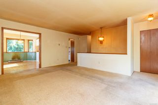 Photo 5: 892 Cecil Blogg Dr in : Co Triangle Single Family Detached for sale (Colwood)  : MLS®# 854643