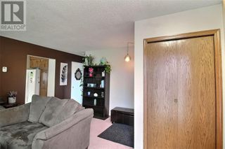Photo 4: 866 16th ST W in Prince Albert: House for sale : MLS®# SK830689