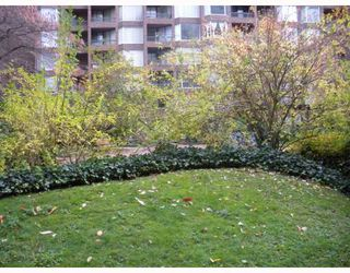 "Photo 1: 222 1330 BURRARD Street in Vancouver: Downtown VW Condo for sale in ""ANCHOR POINT"" (Vancouver West)  : MLS®# V797413"