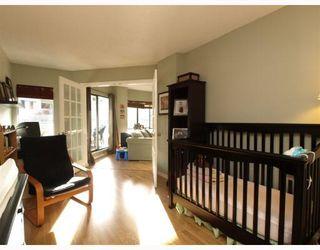 Photo 8: 205 4323 GALLANT Avenue in North Vancouver: Deep Cove Condo for sale : MLS®# V804910