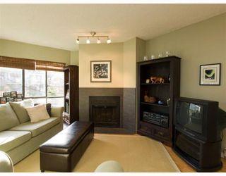 Photo 3: 205 4323 GALLANT Avenue in North Vancouver: Deep Cove Condo for sale : MLS®# V804910