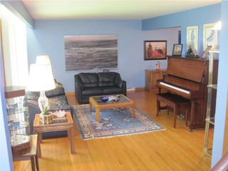 Photo 3: 776 Queenston Street in WINNIPEG: River Heights / Tuxedo / Linden Woods Residential for sale (South Winnipeg)  : MLS®# 1010026