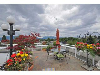 "Photo 18: 103 2036 YORK Avenue in Vancouver: Kitsilano Condo for sale in ""THE CHARLESTON"" (Vancouver West)  : MLS®# V841343"