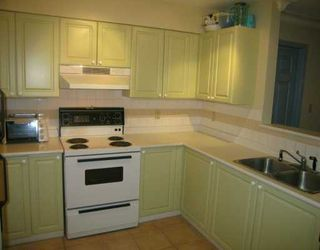 "Photo 3: 228 E 18TH Ave in Vancouver: Main Condo for sale in ""THE NEWPORT"" (Vancouver East)  : MLS®# V619010"