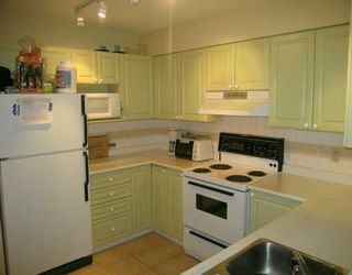 "Photo 2: 228 E 18TH Ave in Vancouver: Main Condo for sale in ""THE NEWPORT"" (Vancouver East)  : MLS®# V619010"