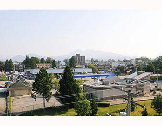 """Photo 10: 610 22230 NORTH Avenue in Maple_Ridge: West Central Condo for sale in """"SOUTHRIDGE TERRACE"""" (Maple Ridge)  : MLS®# V771525"""