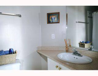 """Photo 7: 610 22230 NORTH Avenue in Maple_Ridge: West Central Condo for sale in """"SOUTHRIDGE TERRACE"""" (Maple Ridge)  : MLS®# V771525"""
