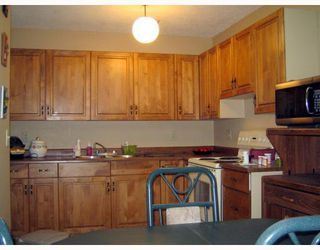 Photo 4:  in WINNIPEG: Maples / Tyndall Park Residential for sale (North West Winnipeg)  : MLS®# 2913511