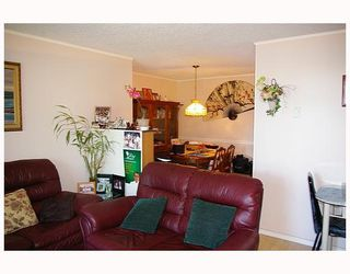 Photo 3: 705 9541 ERICKSON Drive in Burnaby: Sullivan Heights Condo for sale (Burnaby North)  : MLS®# V778517