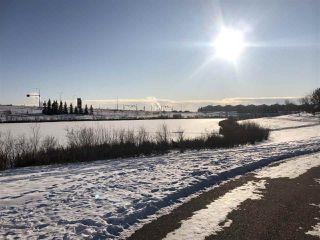 Photo 2: 15623 42 Street in Edmonton: Zone 03 House for sale : MLS®# E4183190